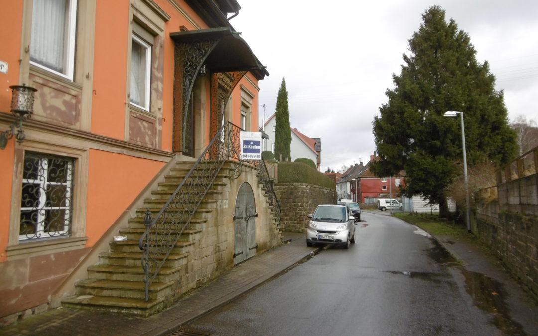 Saarbrücken-Schafbrücke, gediegenes großzügiges Einfamilienhaus