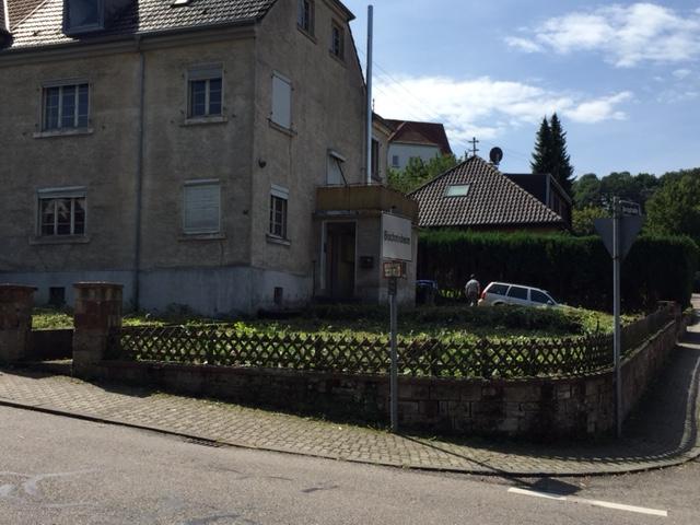 Saarbrücken-Bischmisheim, sanierungsbedürftiges 1-2 Familienhaus