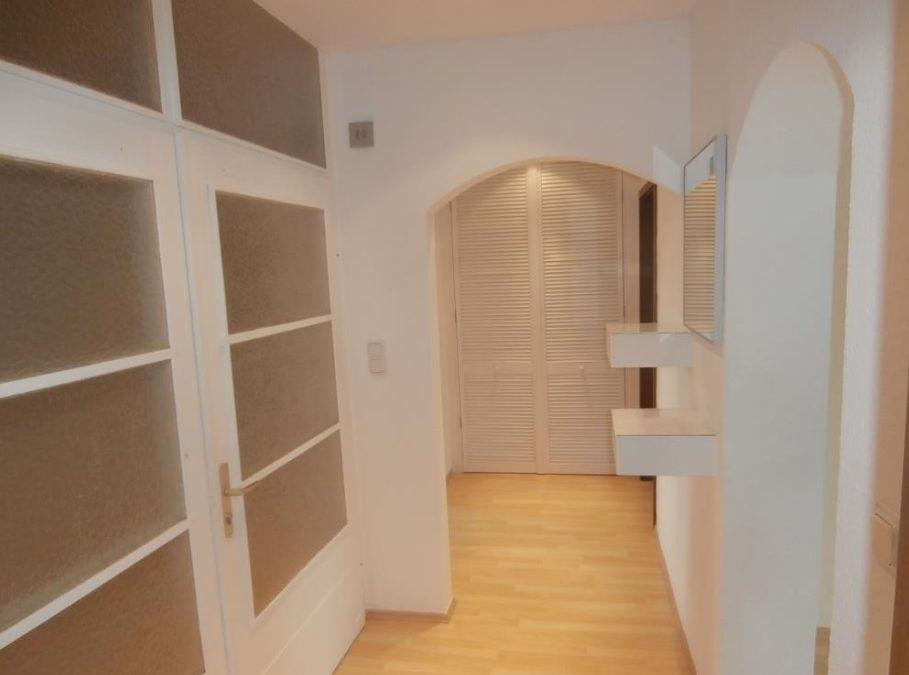 großzügige und helle 2 ZKB Wohnung mit EBK in ruhiger Lage von Saarbrücken Gersweiler