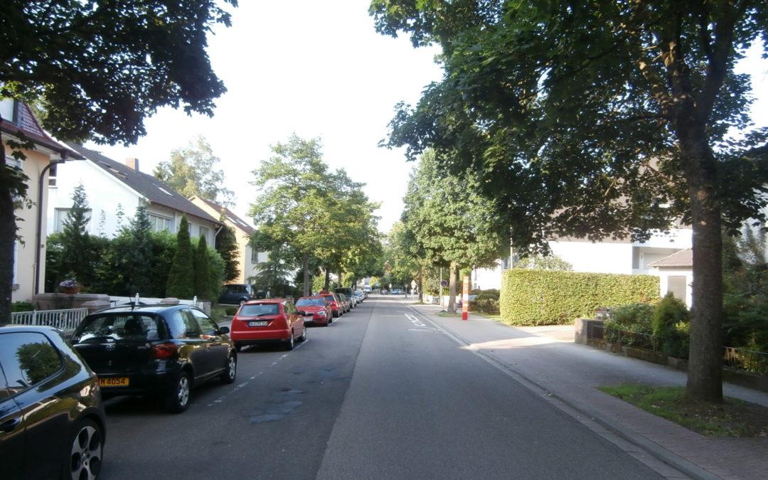 großzügige und helle Dachgeschosswohnung in St. Ingbert Süd